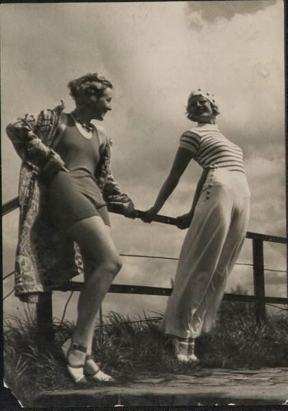 1920s women casual fashion