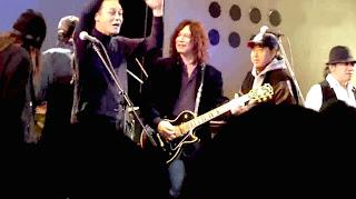 Joe Yamanaka (Flower Travelin' Band), Alan Merrill (guitar) Mamoru Manu (Golden Cups) and Take Yokouchi (Vodka Collins) on stage at the Duo Exchange in Shibuya Tokyo (Japan) Jan. 25th 2010.