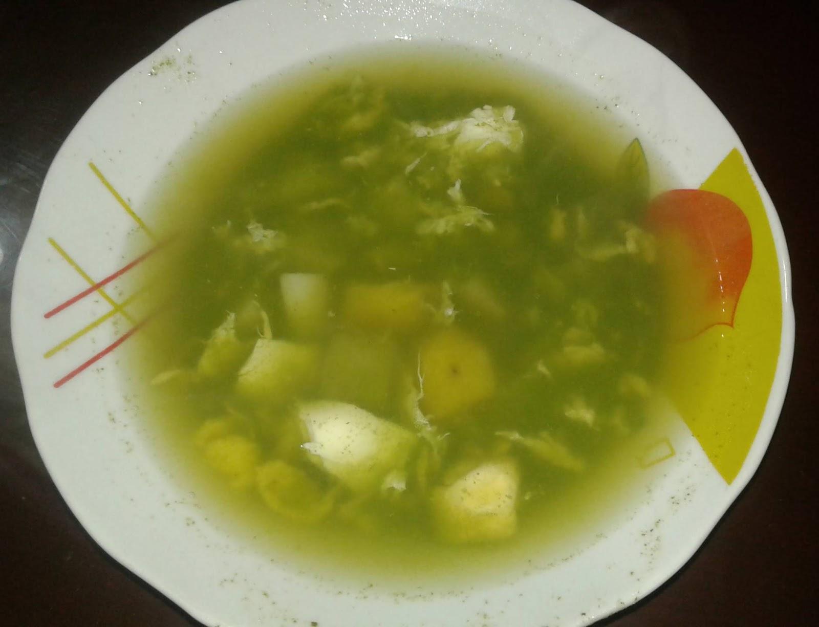 caldo de paico preparado en mi cocina peruana