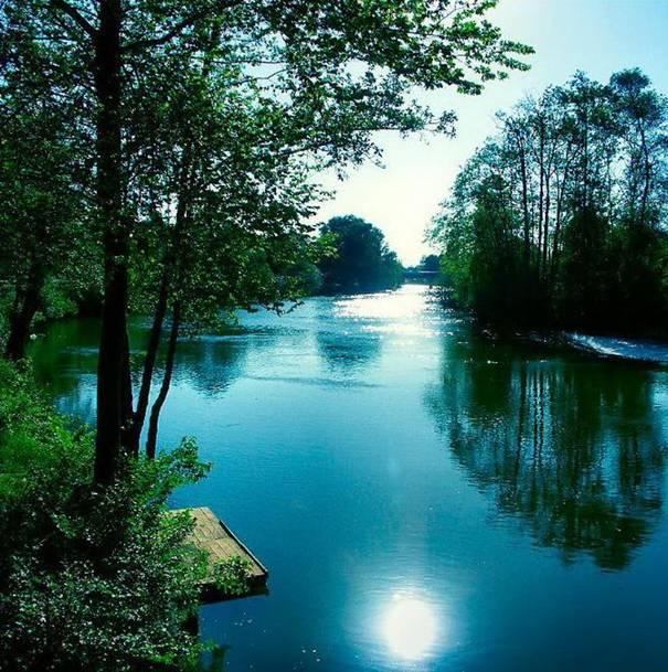 صور رائعه لجمال السماء وصفاء الماء image032-755011.jpg