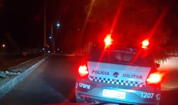 Homem é preso no bairro São José após ameaçar popular com uma espingarda