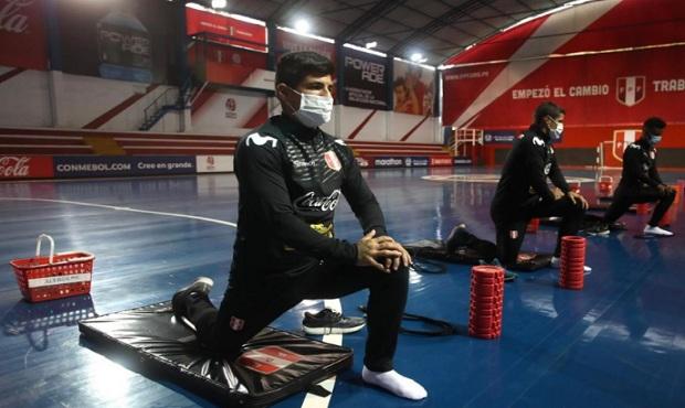 Gareca comienza a preparar eliminatorias con Farfán y jugadores de liga local