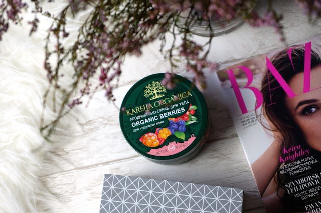 Karelia Organica jagodowy scrub do ciała - słodkie i otulające ujędrnianie ciała