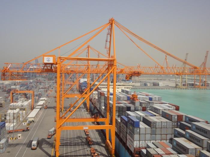 Saravanan's Blogs: Gulftainer acquires majority of Gulf Stevedoring