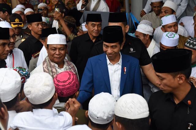 Presiden Jokowi Hadiri Haul Ke-13 Guru Sekumpul