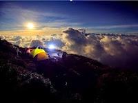 5 Gunung Dengan Jalur Pendakian Terindah Di Indonesia