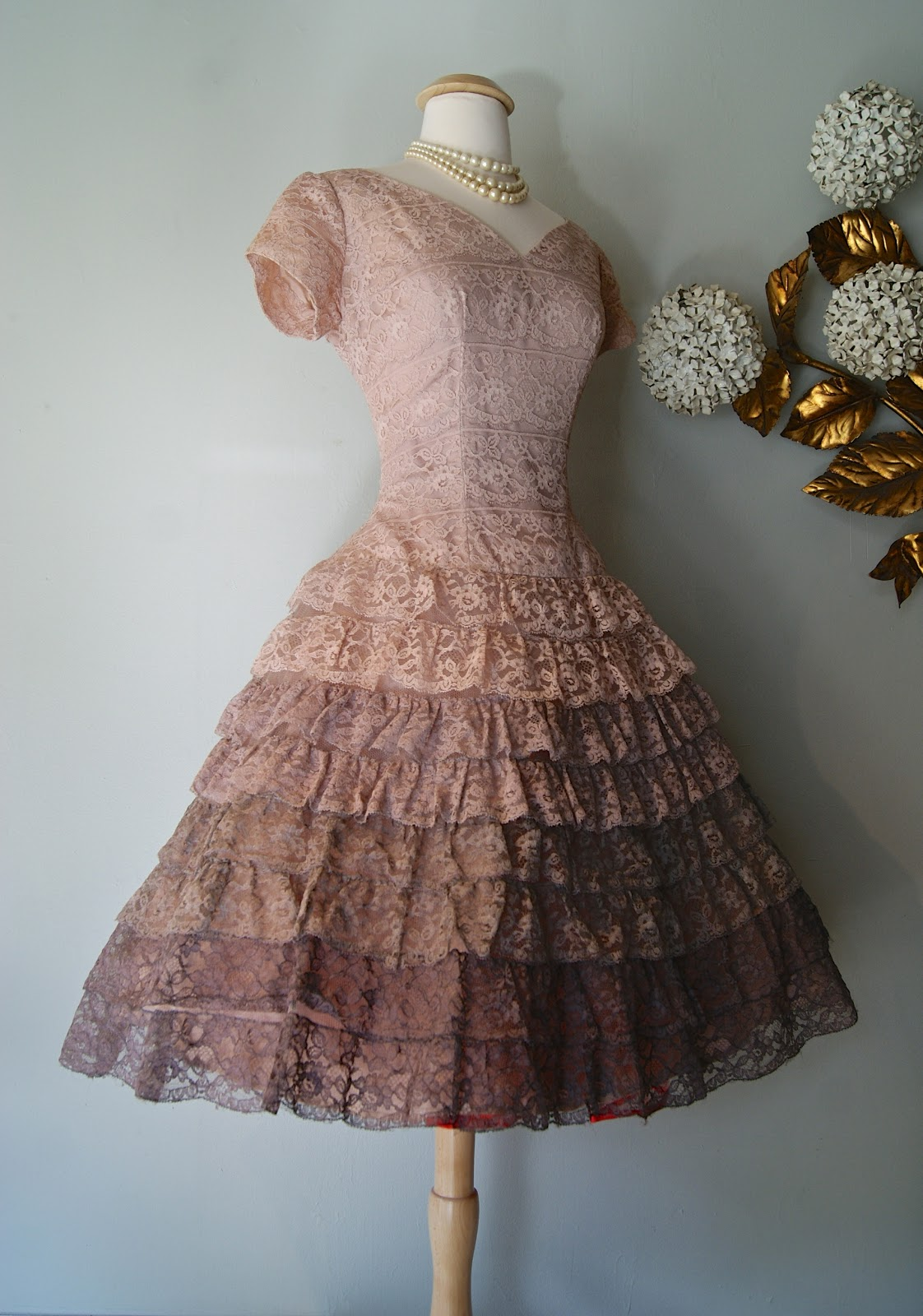 9bfb74ad591 Xtabay Vintage Clothing Boutique - Portland