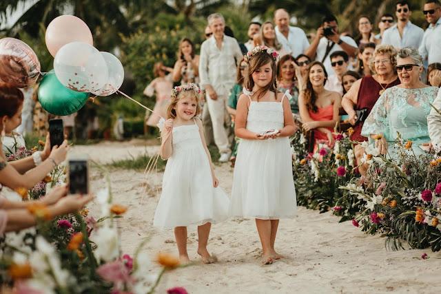 Daminhas de honra - casamento na praia - Fotógrafo: @michaelbrito