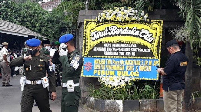 Akun Twitter Jokowi belum Ucapkan Duka Cita terhadap Mantan Panglima TNI Djoko Santoso
