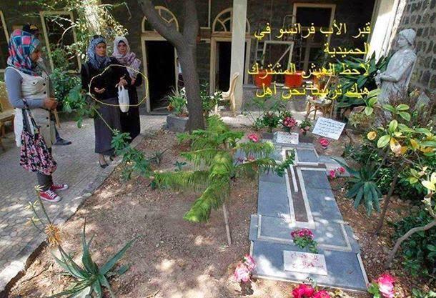 Moslima's betuigen eer aan wijlen Frans van der Lugt sj