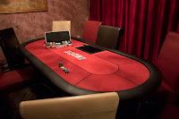Kiadó Póker szoba