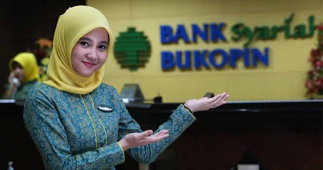 Cantiknya teller Bank Syariah Bukopin