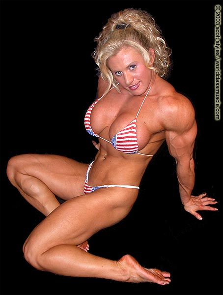 Muscled milf pumps and plays part 2 9