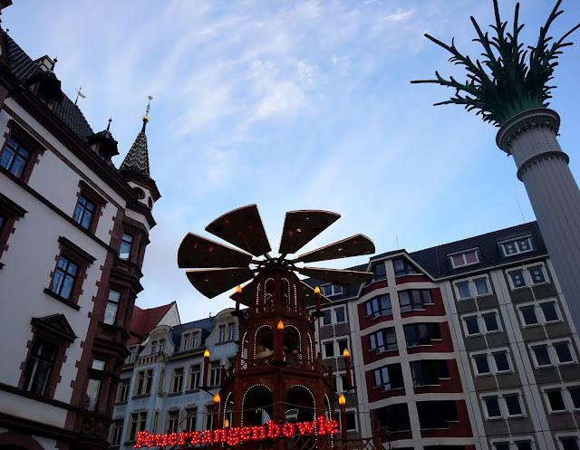 Leipziger Weihnachtsmarkt an der Nikolaikirche