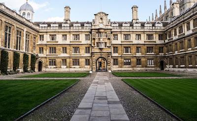 Cambridge Üniversitesi Yayınları