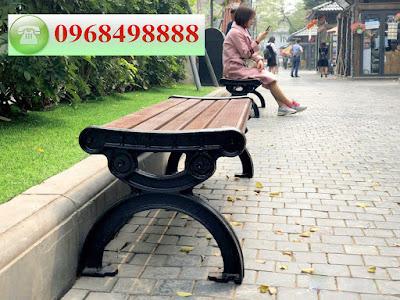 Hình ảnh thực tế ghế công viên tại Hà Nội