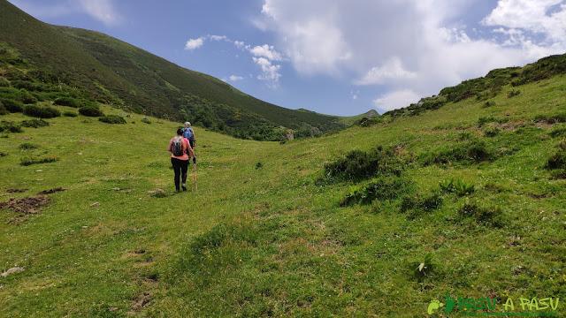 Subiendo al Pico Zorru por Fana
