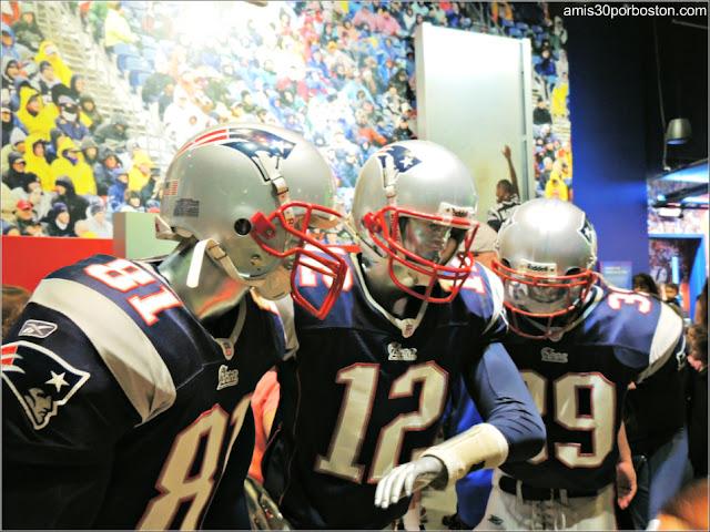 Tom Brady con los otros Jugadores de los Patriots