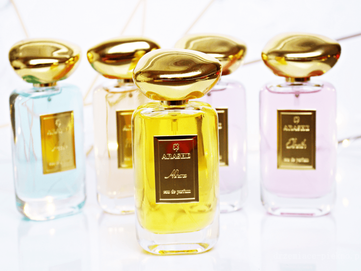 Perfumy Arashe Alhena, Elnath, Hadar, Misam oraz Shaula.