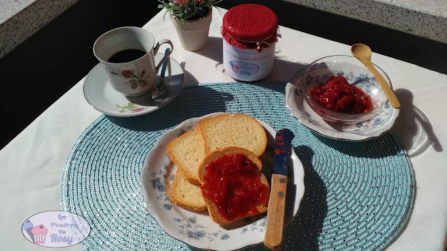 mermelada de fresas naturales, sin lactosa, sin glúten, sin químicos, vegana, vegetariana, sin gomas, sin aceite de palma
