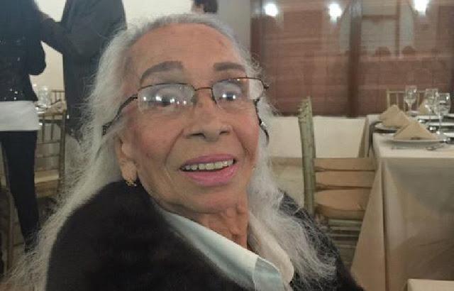 Hoy Doña Josefina Echánove, La Reina Madre, descansa