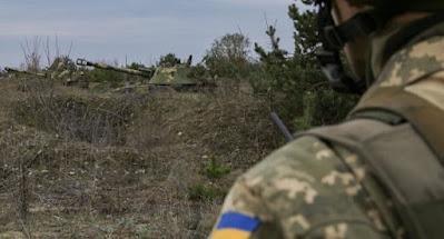 На Донбассе обстрелы украинских позиций стали ежедневными