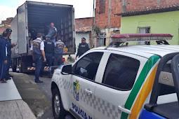 Polícia Militar participa da entrega de donativos aos moradores de Riachuelo