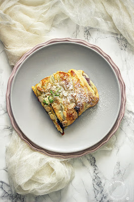 Pletenica sa borovnicama i mascarpone sirom