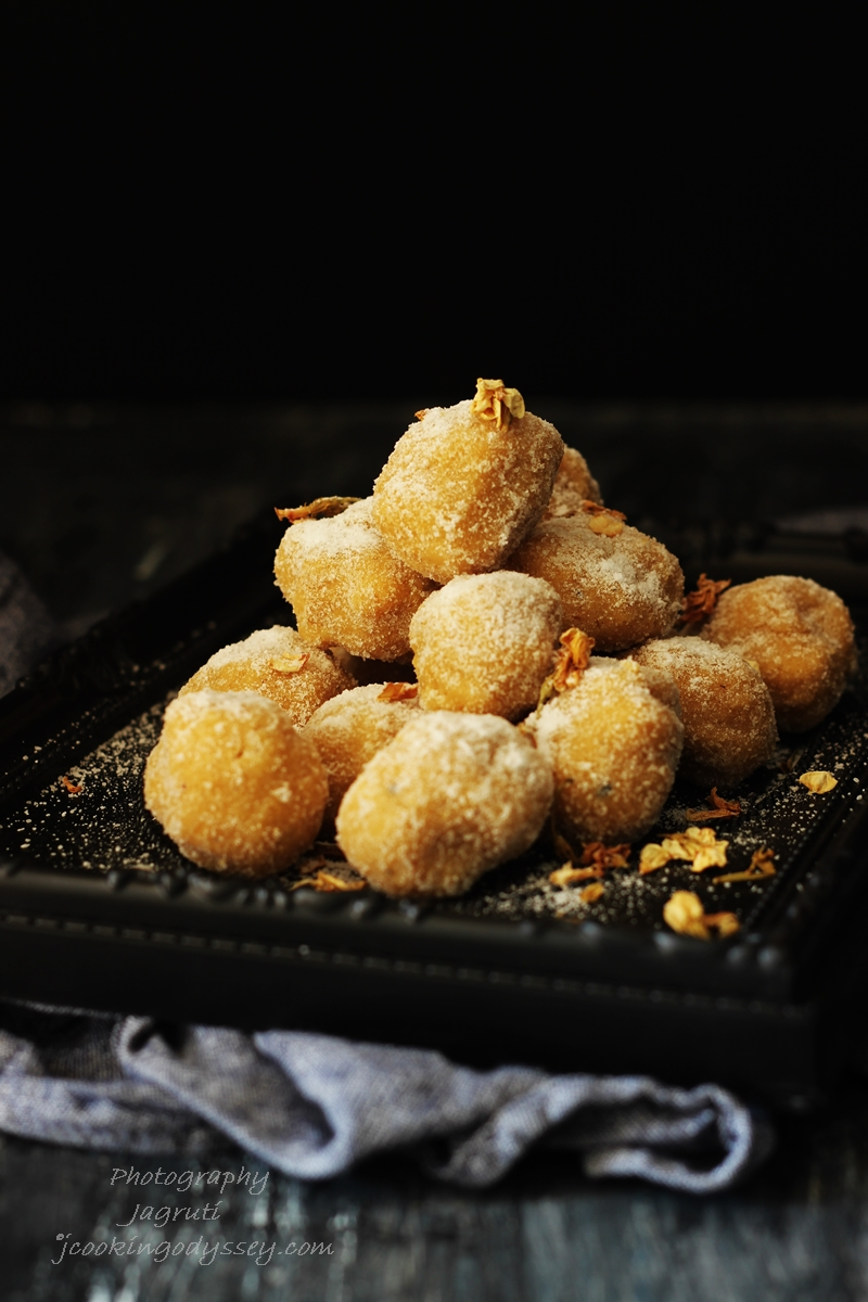 Mathura ke Pede is very popular sweet from the city of mathura in India. This sweet served as prasad or offered to Lord Krishna and made with milk solids and sugar.