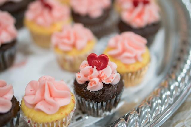 Vanilla Cupcake Recipe - Khana Khazana