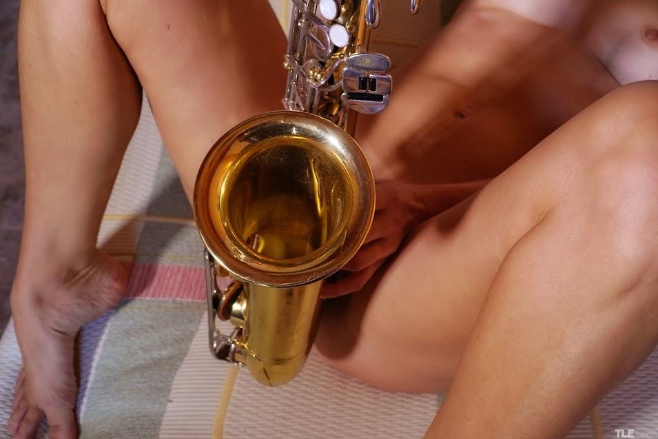 5901616377 [TheLifeErotic] Gaia Sofia - Sax Sex 1