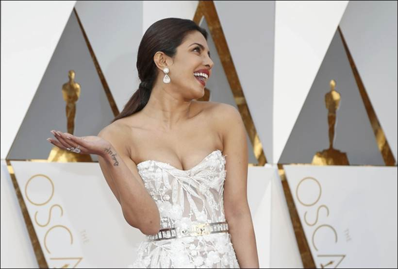 Priyanka Chopra Photos At Oscars Awards
