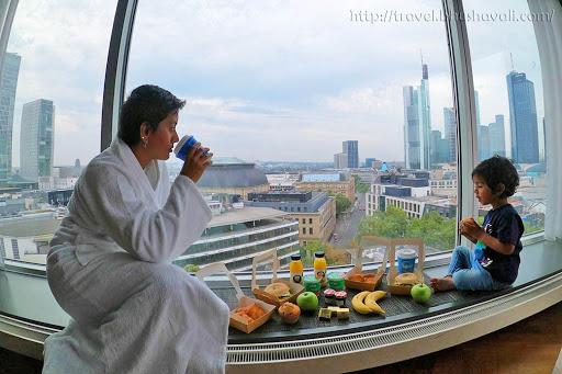 Hilton Frankfurt City Centre King Executive Panorama Room view