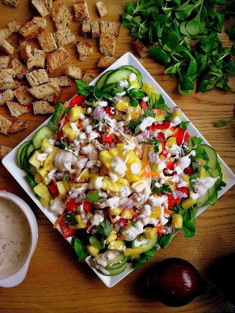 Sałatka z kurczakiem i ananasem / Chicken Salad with Pineapple