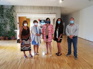 Ana Rumayor (THEPACAN), Rosa Campo (ACADE), Gema Igual (Alcaldesa Santander), María Sáez (Asoc. Cántabra Diabéticos) y Abraham Urbón (Asoc. Síndrome Williams Cantabria)