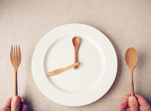 Apakah Puasa Sehat? Kami Meminta Ahli Diet Terdaftar