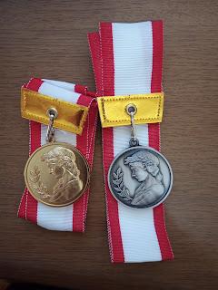 金メダル 銀メダル
