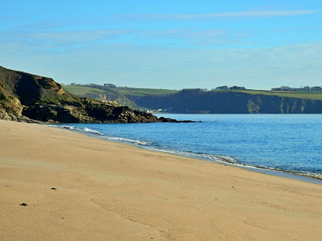 Sandy beach at Carlyon Bay