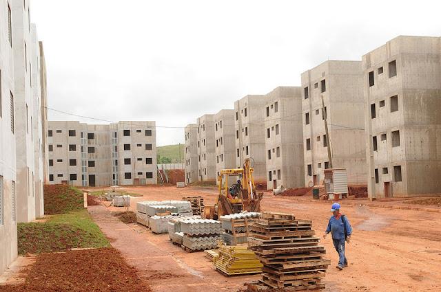 Obras do Residencial Crixá, em São Sebastião, são vistoriadas nesta quinta