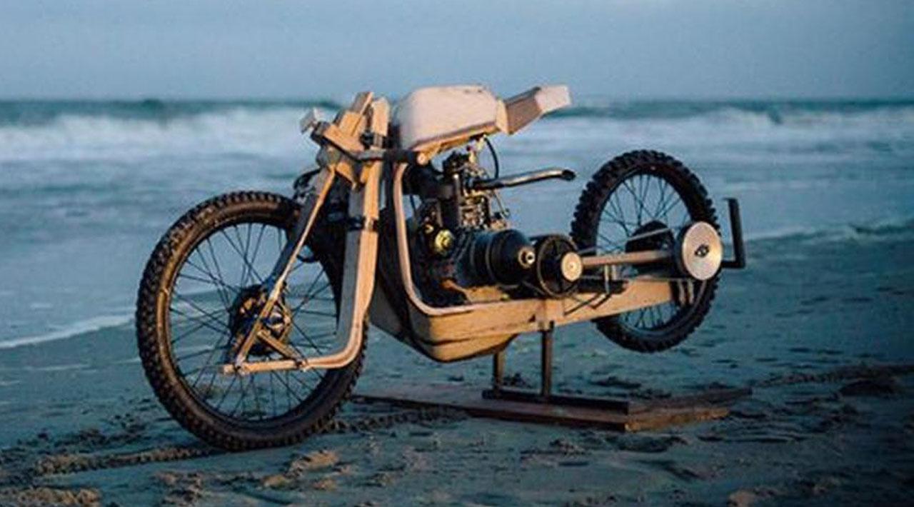 Motorcycle made of wood, working on algae