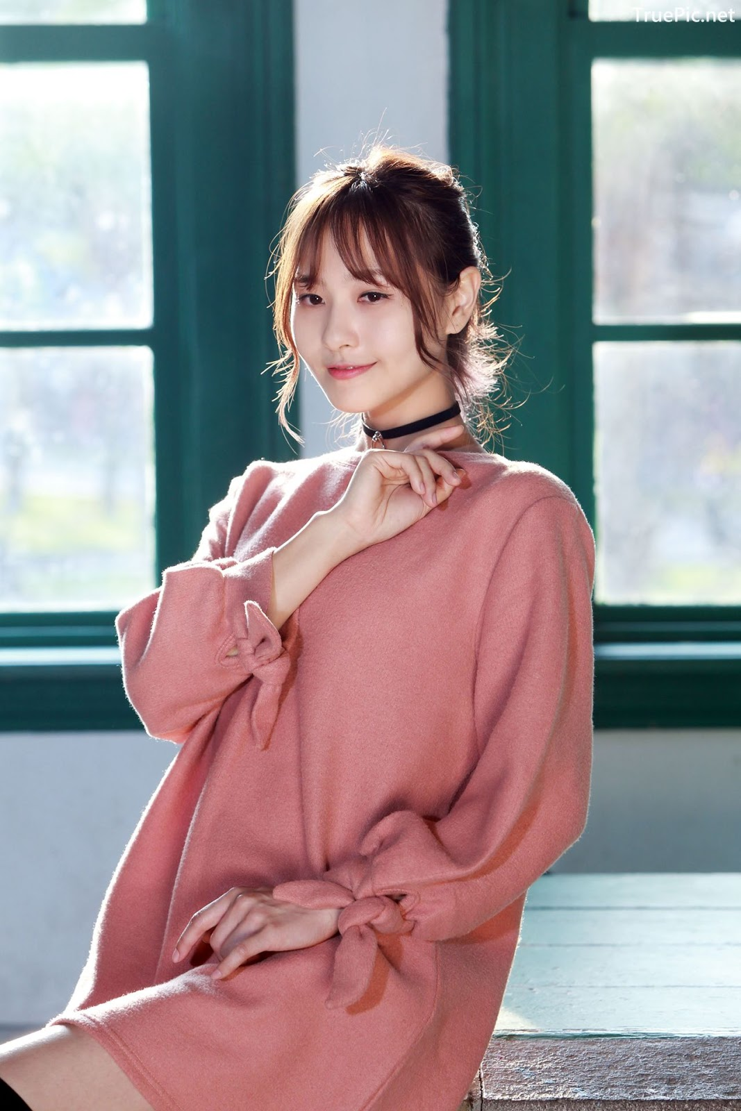 Image-Taiwanese-Model-郭思敏-Pure-And-Gorgeous-Girl-In-Pink-Sweater-Dress-TruePic.net- Picture-10