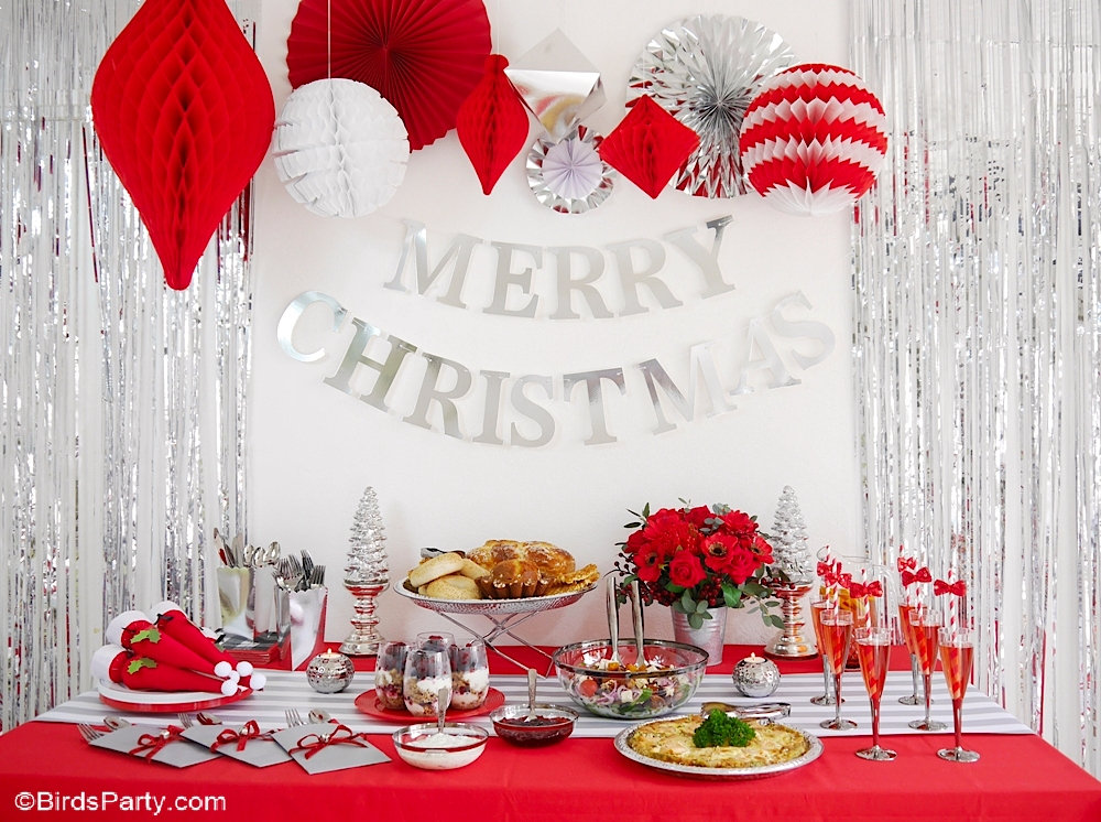 Red and Silver Christmas Holiday Brunch Ideas + Recipes - easy to style ideas, tablescape and dishes for a magical seasonal winter brunch! by BirdsParty.com @birdsparty #brunchrecipe #brunchideas #christmasbrunch #quiche #frenchquiche #crustlessquiche #holidaybrunch #brunchfood #christmasparty #redsilverchristmas