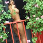 Andrea Rincon, Selena Spice Galeria 21 : Jean Azul y Top Rojo Foto 132