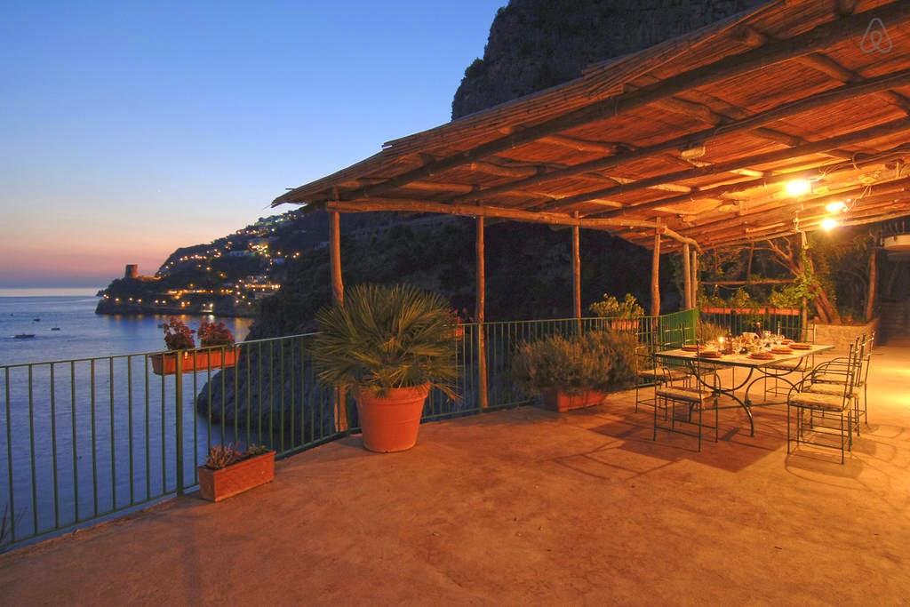 Outlet vacanze formia le case sulla spiaggia pi belle d for Gli interni delle case piu belle d italia