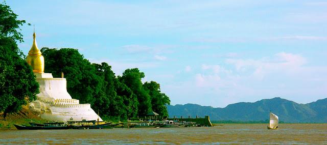 Bagan Pagoda on the Irrawaddy River