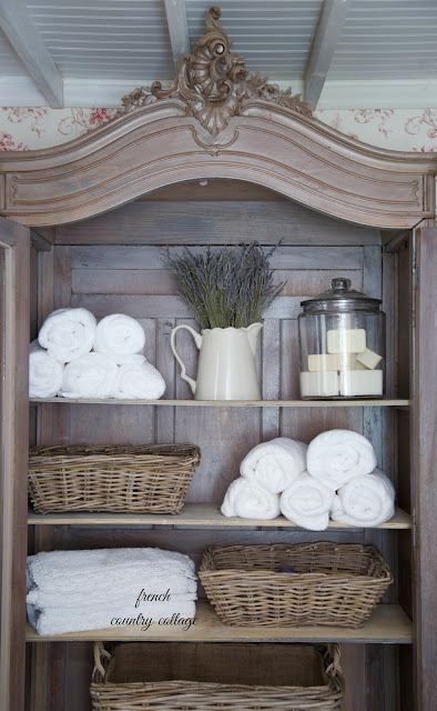 Simple storage ideas french country cottage for Country living bathroom accessories