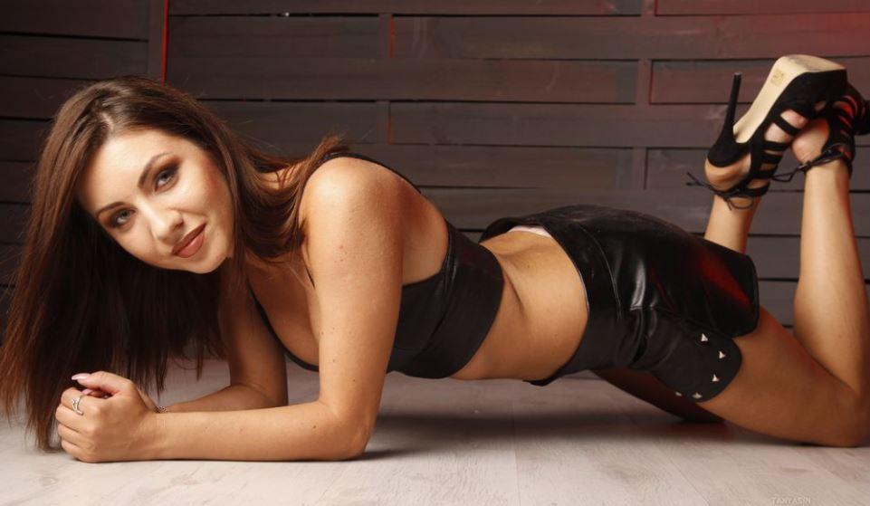 TanyaSin Model GlamourCams