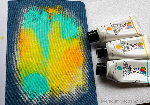 Layers of ink - Denim and Acrylic Paint Background Tutorial by Anna-Karin Evaldsson. Paint with acrylic paint.