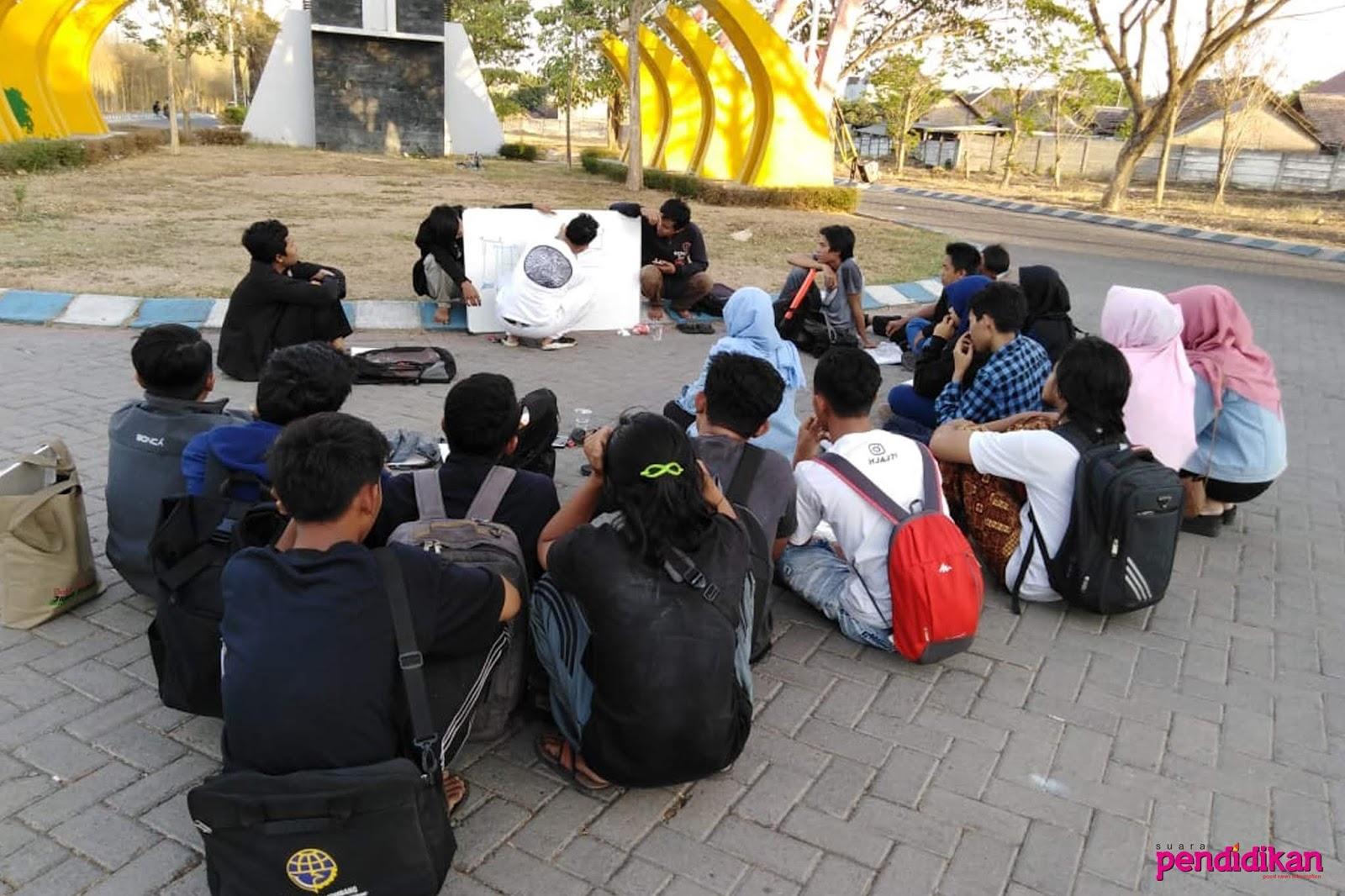 Sinau Seni Komunitas Seni Arek Jombang Senang Belajar Seni Bersama