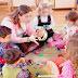 نبحث عن مربيات للأطفال لها تجربة في الدار البيضاء  بأجر شهري 4000 درهم